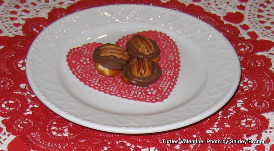 Homemade Rolo Turtles. Perfect treats for gifting on special occasions. [from GlutenFreeEasily.com]