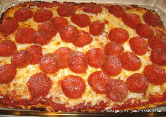 flourless, gluten free, easy, grain free, pepperoni, pizza, recipe, best gluten-free pizza