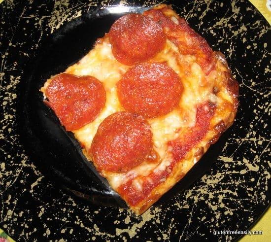 flourless, gluten free, easy, grain free, pepperoni, pizza, recipe, best gluten-free pizza