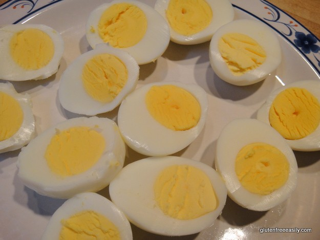 It's really easy to make totally delicious deviled eggs with Mom's Deviled Eggs recipe and they're naturally gluten free, dairy free, and more free! [from GlutenFreeEasily.com] (photo)