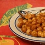 This recipe for Simple Roasted Chickpeas is not only simple (only four ingredients and one of them is the chickpeas!) but it's also highly addictive. Wonderfully crunchy and protein-packed! [from GlutenFreeEasily.com]