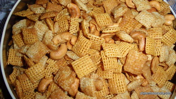 gluten free, snack mix, Chex mix, sweet, crunchy, holiday gifts