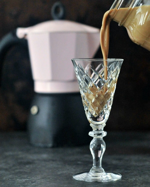 Homemade Irish Cream from Spabettie. Gluten free and vegan. [featured on GlutenFreeEasily.com]
