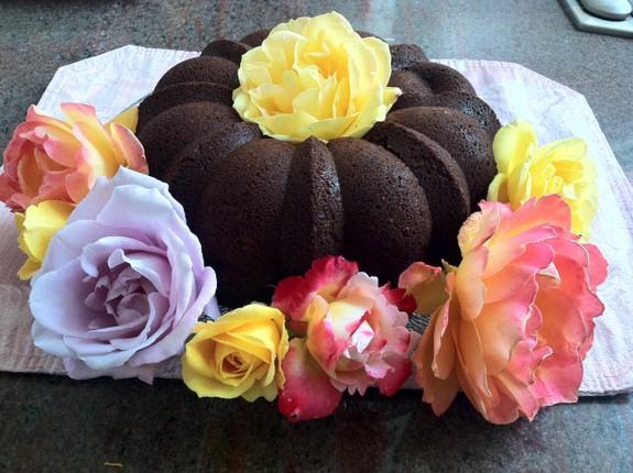Gluten-Free Nutella Cake [featured on GlutenFreeEasily.com] (photo)