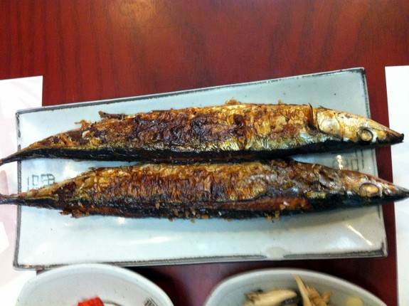 Eating Gluten Free in Korea. This item may or may not be gluten free; must inquire on breading and frying area. A very helpful trip report and tutorial from gfe reader and friend. [from GlutenFreeEasily.com] (photo)