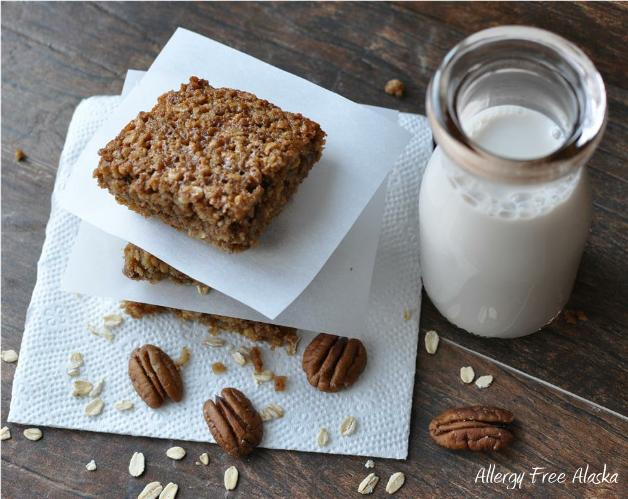 "Gluten-Free ""Grab and Go!"" Oatmeal Breakfast Bars"
