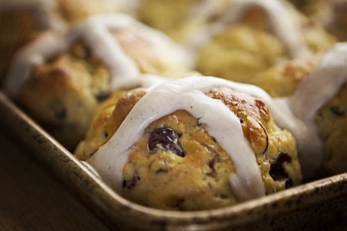 Don't you want to grab that beautiful Gluten-Free Hot Cross Bun from the corner of the pan?