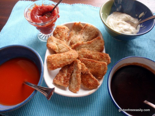 Paleo Pork Chips with Dipping Sauces. A quick, easy, and super tasty meal. Fun, too, because we're talking finger foods and you get to choose your favorite dipping sauces. (photo)