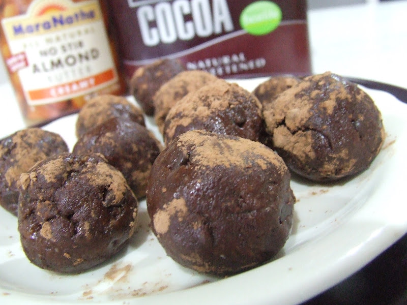 No-Bake Brownie Bites from Cassidy's Craveable Creations. One of 20 Last Minute Gluten-Free Halloween Treats [featured on GlutenFreeEasily.com] (photo)