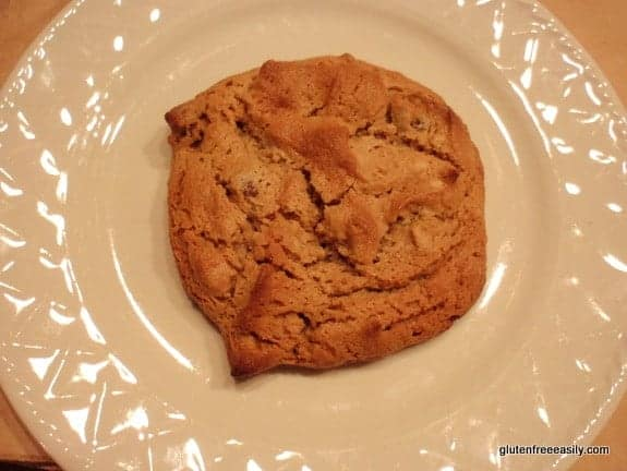 Fluffy-Puffy-Almond-Butter-Cookie-Gluten-Free-Easily