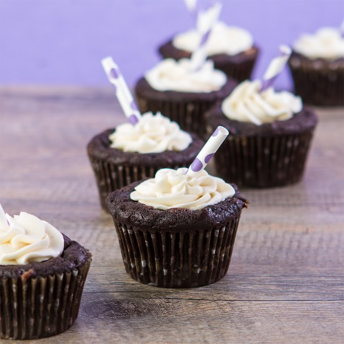 Root Beer Float Cupcakes from Gluten Free Canteen [featured on AllGlutenFreeDesserts.com]