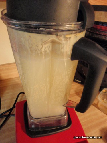 how to clean vitamix jug