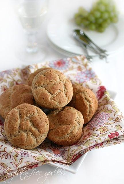 Gluten-Free Dinner Rolls from Gluten-Free Goddess [featured on ...