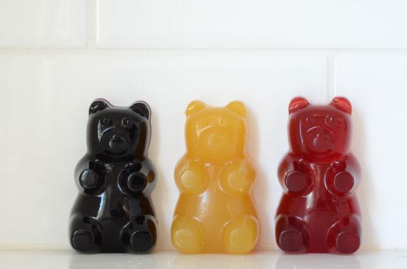 Gummy Bears from Elana's Pantry. One of 20 Last Minute Gluten-Free Halloween Treats [featured on GlutenFreeEasily.com] (photo)