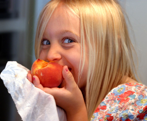 The Joy of Eating a Peach (credit: Flickr Savannahgrandfather)