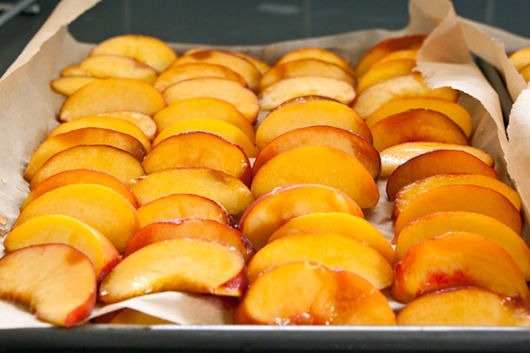 How to Freeze Peaches by Edible Perspective