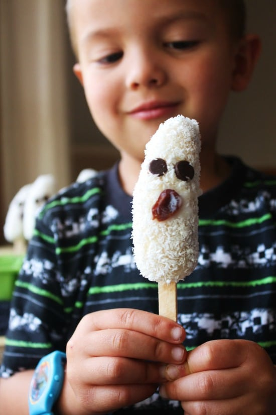 Frozen Coconut Banana Ghost Pops. One of over 20 Last Minute Gluten-Free Halloween Treats. [featured on GlutenFreeEasily.com]
