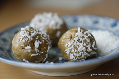 best gluten-free desserts, gluten-free sunbutter balls, gluten free, dairy free, nut free, refined sugar free, paleo, Kate Johnson, Eat Recycle Repeat, all gluten-free desserts, free gluten-free dessert recipes