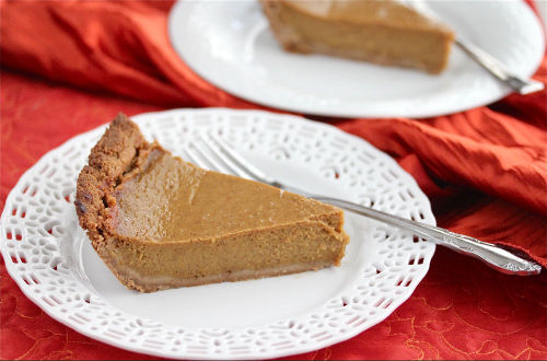 Spiced Pumpkin Pie from Jeanette's Healthy Living