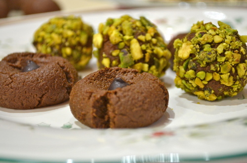 Christmas No-Bake Chocolate Pumpkin Cookies from Gluten-Free Cat