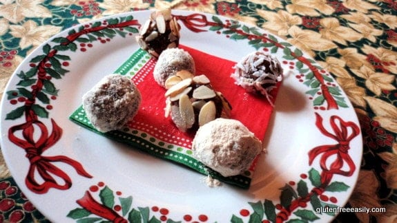 maple date balls, caramels, maple caramel truffles, gluten free, dairy free, raw, vegan, candy, maple caramel candy,