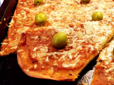 Gluten-Free SCD Pizza from Straight Into Bed Cakefree and Dried