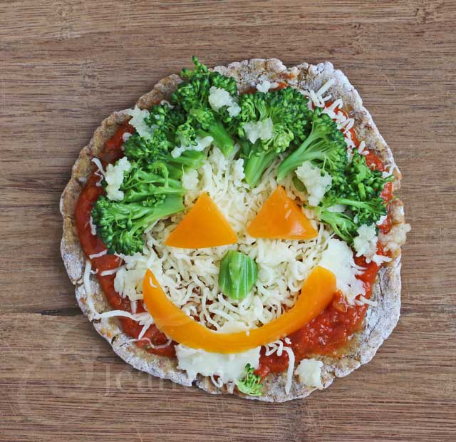 Grain-Free, Mini Vegetarian Pizzas (with Faces) from Jeanette's Healthy Living