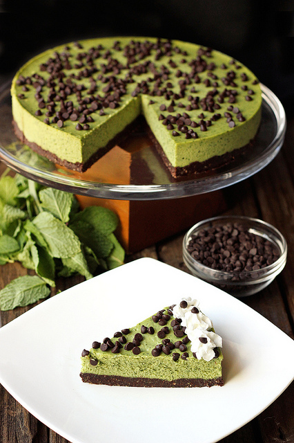 Mint Chocolate Chip Cashew Cream Cake from Tasty Yummies