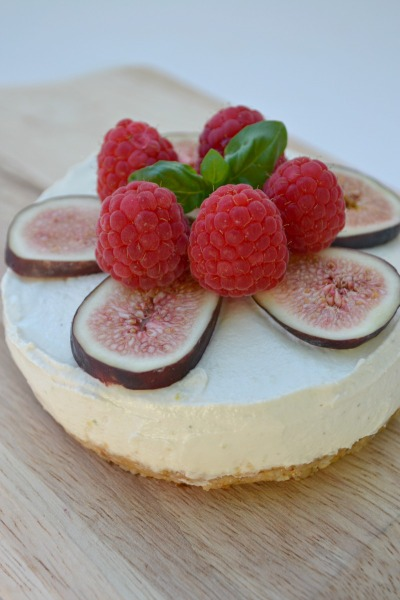 Raw Key Lime Pie from Fork and Beans