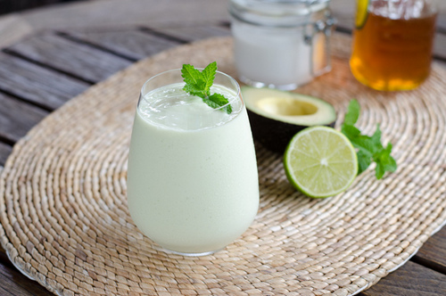 Key Lime Pie Smoothie from Cook Eat Paleo