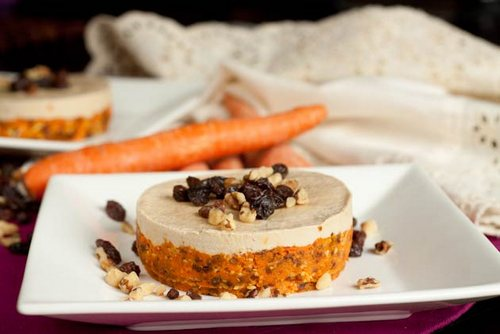 Raw Carrot Cake Cheesecake from Healthful Pursuit