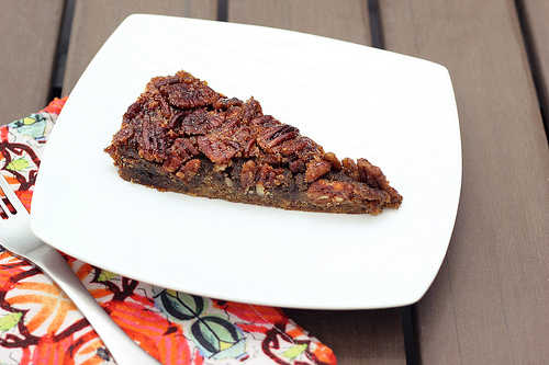 Grain-Free Maple Bourbon Pecan Tart from Tasty Yummies [featured on AllGlutenFreeDesserts.com]