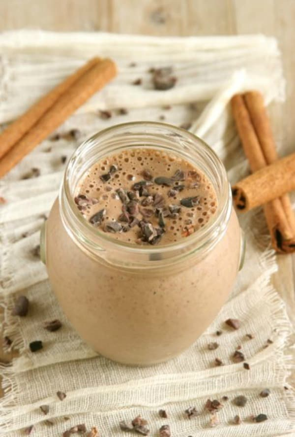 Mexican Chocolate Banana Smoothie. One of several delicious last-minute gluten-free Cinco de Mayo desserts. [featured on GlutenFreeEasily.com]