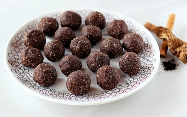 Mexican Mocha No-Bake Cookie Balls. One of several delicious last-minute gluten-free Cinco de Mayo desserts. [featured on GlutenFreeEasily.com]