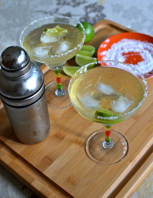 The Only Margarita You'll Ever Need. aleo Margaritas. One of several delicious last-minute gluten-free Cinco de Mayo desserts. [featured on GlutenFreeEasily.com]