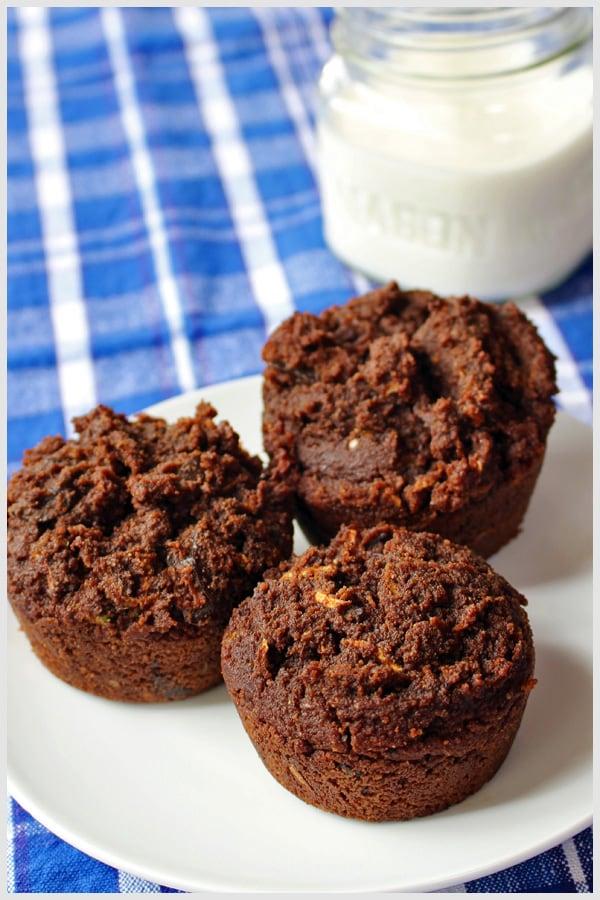 Chocolate Chocolate Chunk Zucchini Muffins Tia's Kitchen