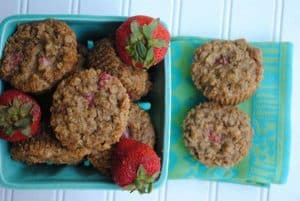 Gluten-Free-Strawberry-Oatmeal-Muffins