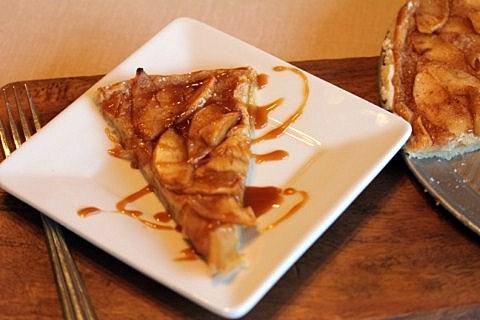 Gluten-Free Caramel Apple Pizza Lynn's Kitchen Adventures