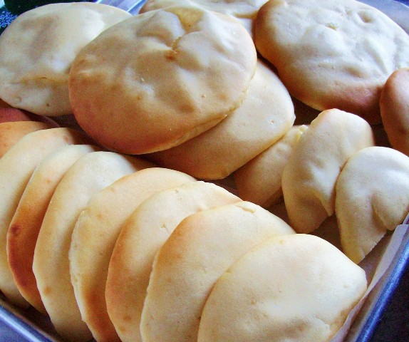 Gluten-Free Pita Bread Made Using a Hack. [featured on GlutenFreeEasily.com] (photo)