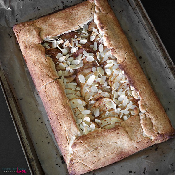 Paleo-and-Gluten-Free-Vegan-Rustic-Pear-Galette