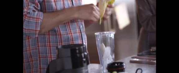 Vitamix S30 Tritan to Go Cup Being Used Guy