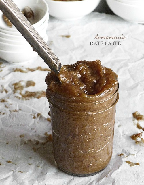 Homemade Sugar-Free Date Paste In The Kitchen with Amy Jo