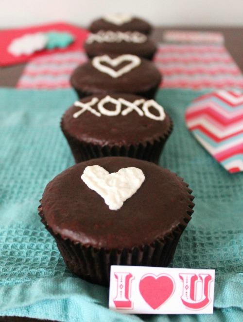 Gluten-Free Valentine Hostess Cupcakes GFF