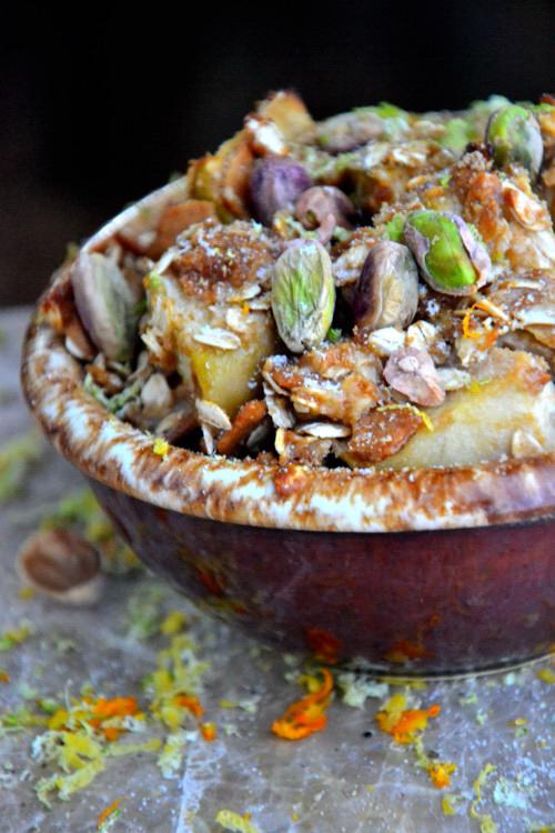 Gluten-Free Apple Pistachio Crisp