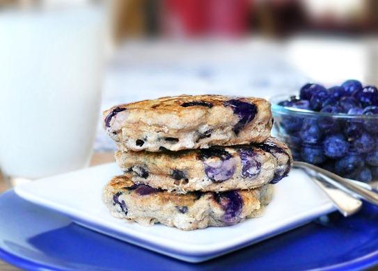 Gluten-Free Blueberry Pie Pancakes