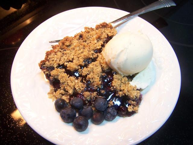 Gluten-Free Blueberry Streusel Pie