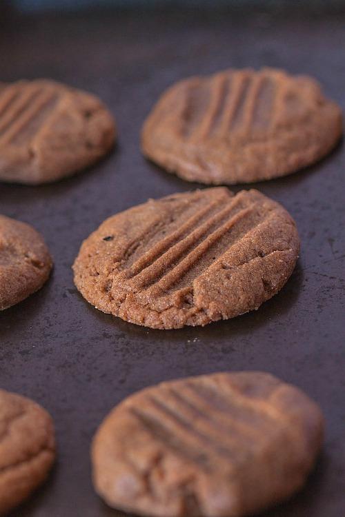 Gluten Free Paleo Nutella Cookies