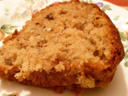 Gluten-Free Pine-Applesauce Cake