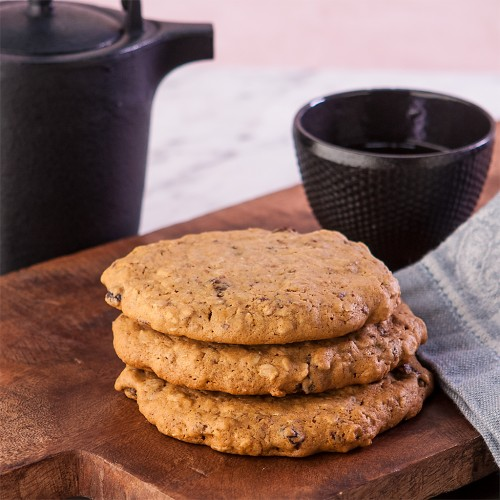 Gluten-Free Big Fat Soft Oatmeal Raisin Cookies. One of 60 gluten-free oatmeal cookie recipes! [on GlutenFreeEasily.com]