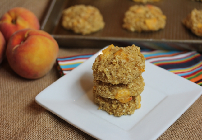 Gluten-Free Peaches and Cream Baked Oatmeal Cookies